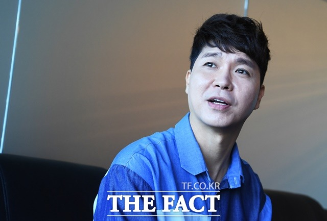 박수홍이 친형을 횡령 혐의로 고소했다. 법률대리인 측은 \