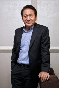 """[TF인터뷰] 안성기 """"건강 좋아…무슨 일이든 할 수 있는 상태"""""""