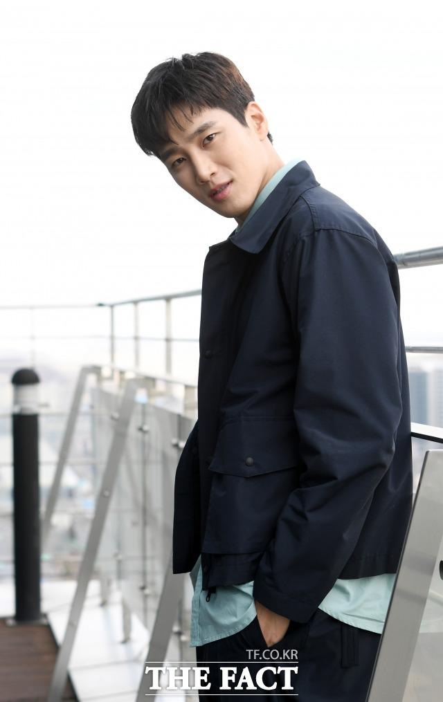 배우 안보현이 자신의 유튜브 채널로 특정 채널을 구독해 논란이 일자, 관리자가 구독한 것이라고 해명했다. /더팩트 DB
