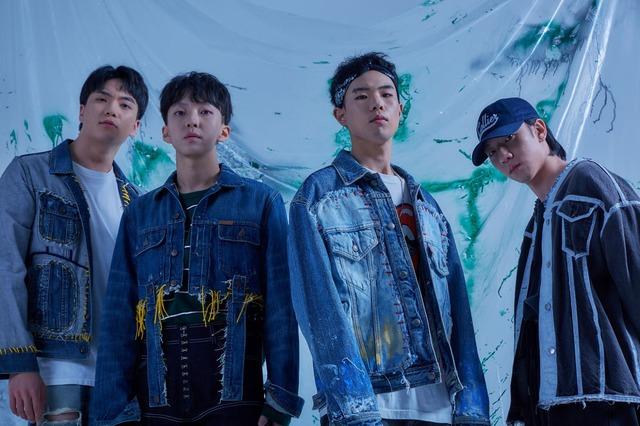밴드 SURL이 22일 정오 새 싱글 '내 옆'을 발매했다. /엠피엠지 뮤직 제공