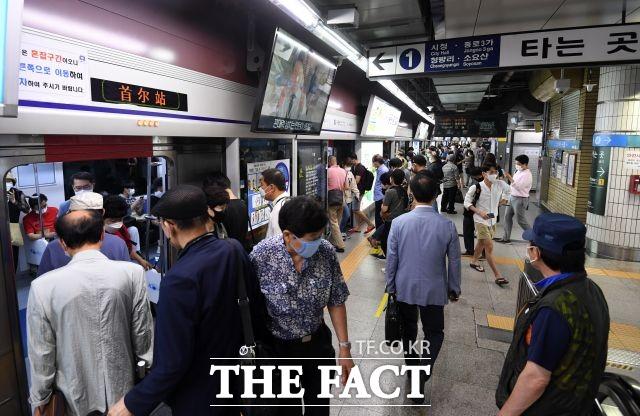 서울지하철 1~8호선을 운영하는 서울교통공사 노사협상이 파업 일보직전에서 극적 타결됐다./남용희 기자