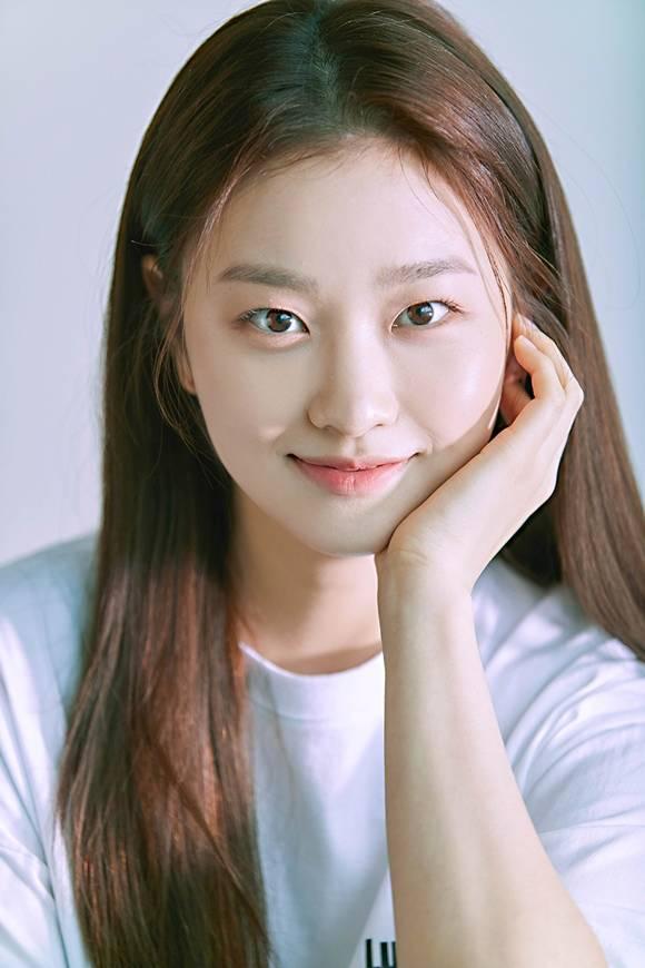 배우 김이경이 KBS2 주말드라마 '신사와 아가씨'에서 강미림 역으로 합류한다. /빅스마일엔터테인먼트 제공